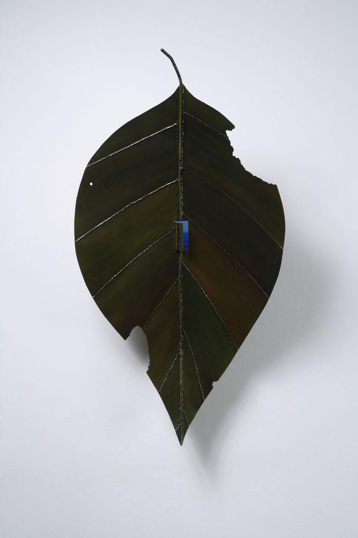 Sun-Hyuk Kim, From petty things, steel, enamel, acrylic painting, 95x51x38cm, 2014 Courtesy of the artist and ONEIRO Gallery, Paris