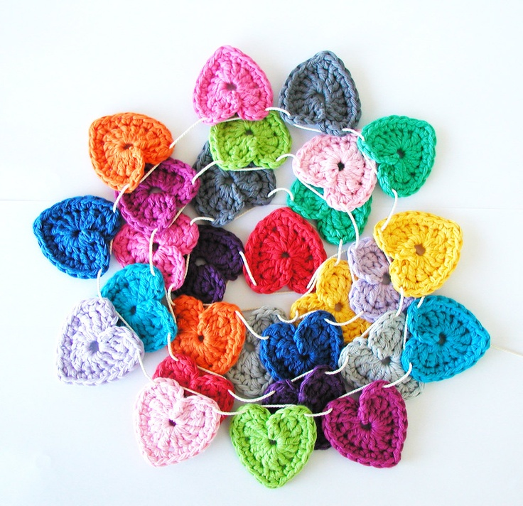 Guirnalda de corazones de crochet #naturadmc