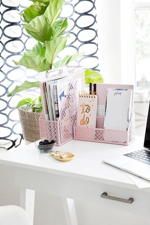 Pin By Chic Home Office Design On Desk Inspo In 2020 Desk Organizer Set Desk Accessories For Women Cute Desk Organization
