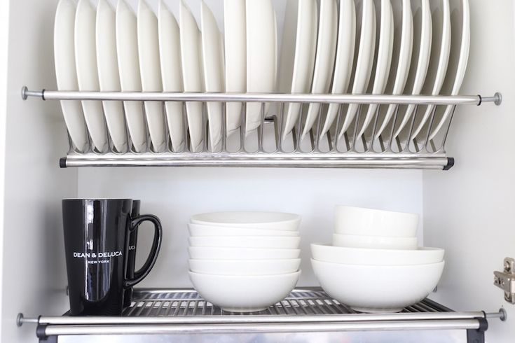 Homevialaura | white kitchen | our collection of tableware | Arabia Official | Dean & DeLuca