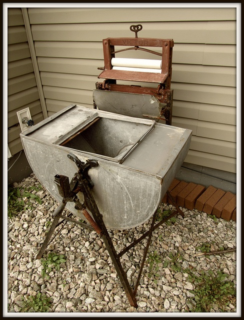 Antique washing machine...I have one just like this one