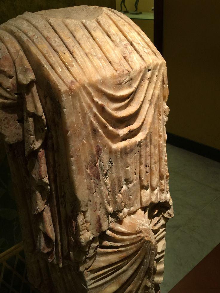 Erezione fallica. Museo Archeologico nazionale. 2015 ƒoto di Armando Sichenze