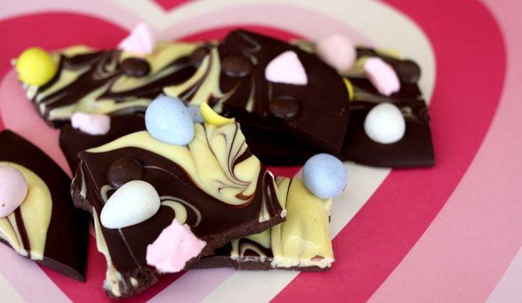 Homemade Chocolate Bars.  An uber cute gift-giving idea. - Hostess gift!