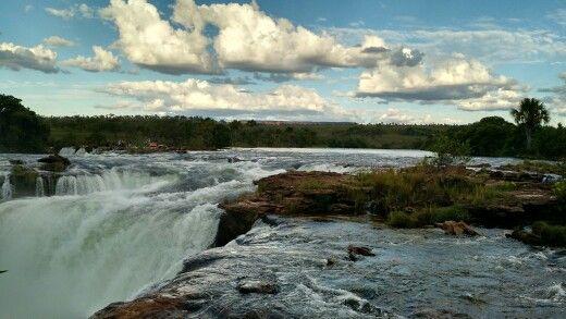 Uma chachoeira