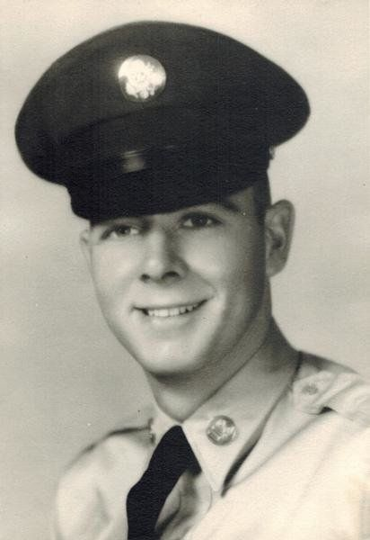 RICHARD EARL ARNOLD   SP4 - E4 - Army - Regular 1st Cav Division (AMBL)  Length of service 6 years His tour began on Dec 14, 1965 Casualty was on Jan 29, 1966 In , SOUTH VIETNAM NON-HOSTILE, HELICOPTER - CREW AIR LOSS, CRASH ON LAND Body was recovered   Panel 04E - Line 105   Age:  24 Race:  Caucasian Sex:  Male Date of Birth  Jul 22, 1941 From:  LARNED, KS Religion:  PROTESTANT Marital Status:  Married