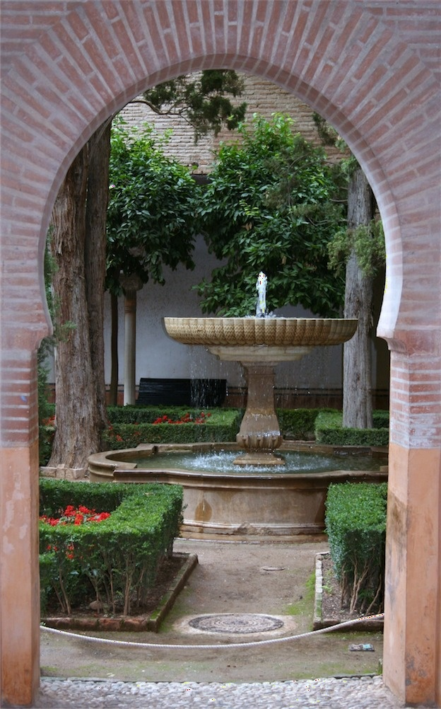 Best 25 tuscan courtyard ideas on pinterest house with for Tuscan courtyard landscaping