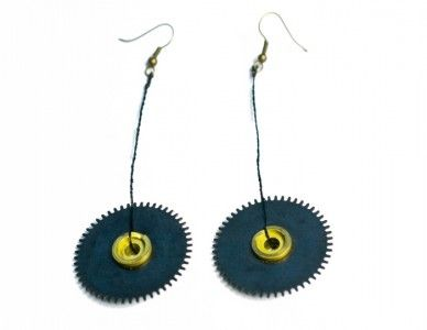 Earrings Industrial darkness made of watch mechanism