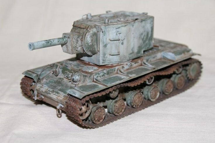 WWII Soviet Heavy Tank KV-2 Zvezda MM  made by Lee Juho