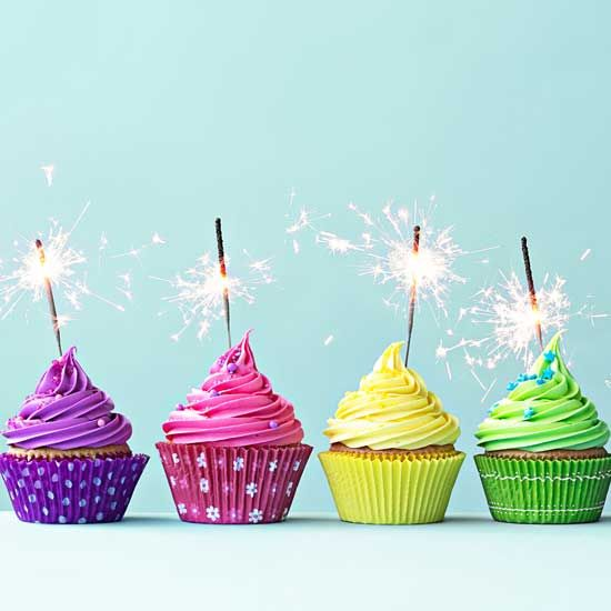 Throw the ultimate party with these top birthday ideas in NYC! Give great b-day gifts or find fun things to do in New York City with friends & family. #birthdayideasinNYC #NYCbirthdaygifts #NYCbirthdaypartyideas #thingstodoinNYC