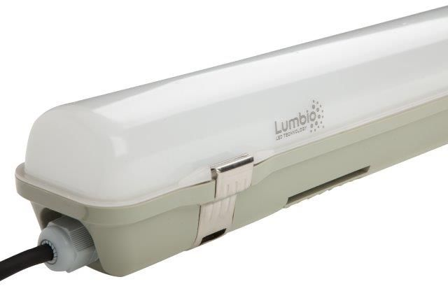 Lumbio LED Tri proof with milky cover