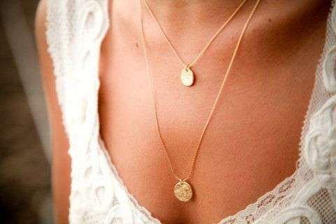dainty gold necklace and cute top
