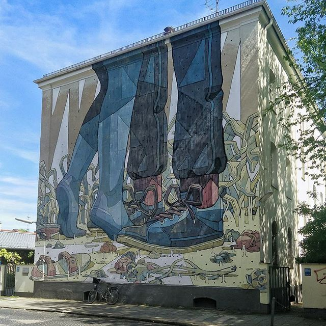 368 best aryz images on pinterest urban art graffiti and graffiti artwork. Black Bedroom Furniture Sets. Home Design Ideas