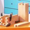 Bauanleitung: Ritterburg aus Holz selber bauen: Holzteile verleimen | EXPLI | Anleitung zum Selbermachen