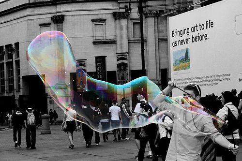 Making bubbles into art- rainbow coloursplash