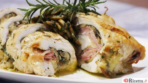 La rollata di pollo è un secondo piatto a base di petto di pollo molto sfizioso e sostanziosoche si può cuocere sia al forno che in padella. Per il ripieno si possonoutilizzare diversi ingredienti come spinaci, uova, verdure e persino wurstel, a seconda dei propri gusti. Il nostrochef Roberto Dogliolici p