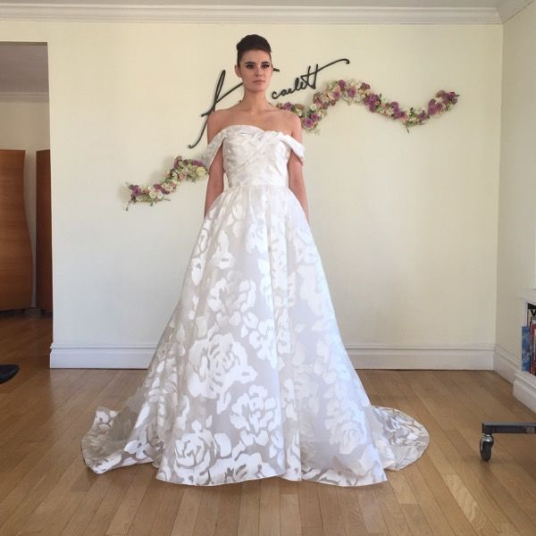 72 best wedding dresses images on pinterest gown wedding for Vintage wedding dresses austin