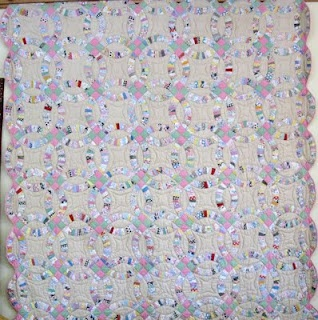 38 best DOUBLE WEDDING RING QUILTS images on Pinterest Double