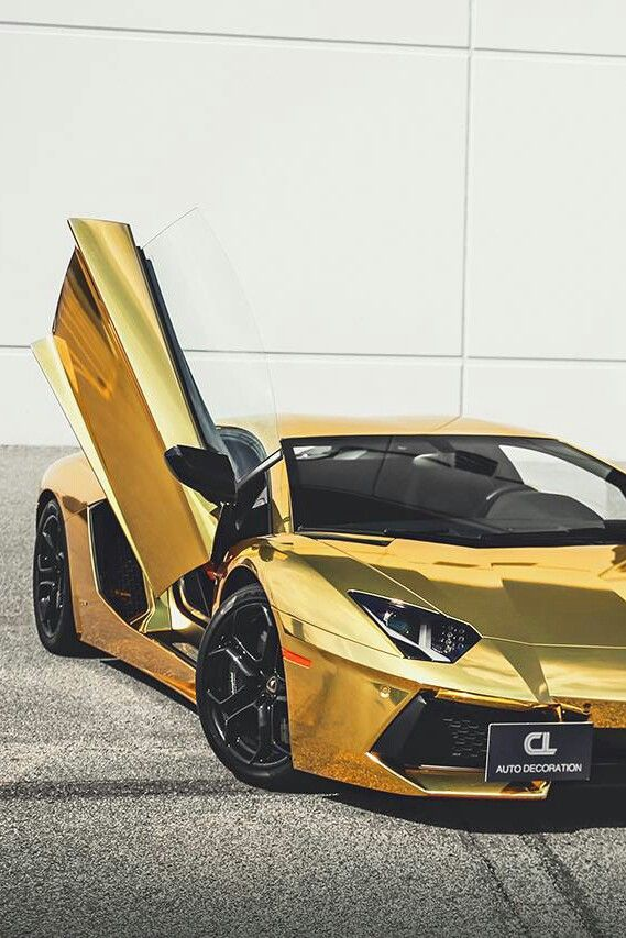 Gold Lamborghini LP700. When a really, REALLY expensive car isn't good enough, make it out of gold!