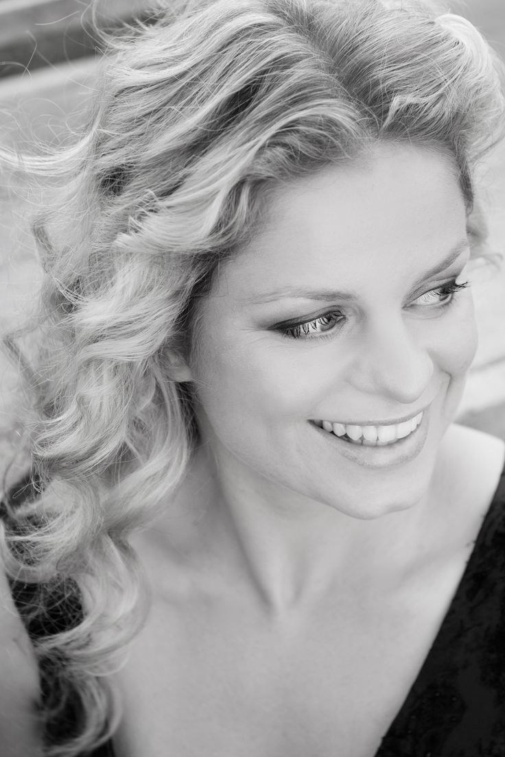 Former tennis pro Kim Clijsters. #wta #tennis- I miss her so much!