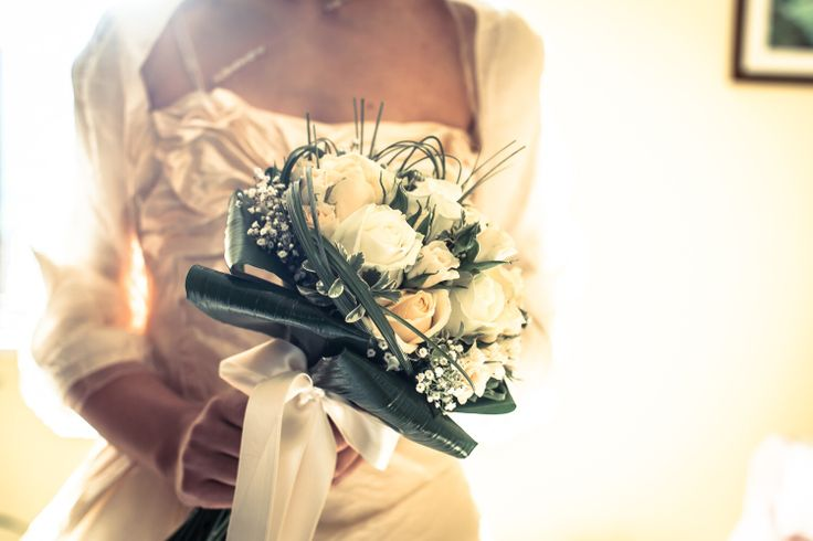 Another #white #weddingbouquet. I think they're always the best choose for a summer #wedding :)