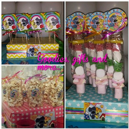 Woezel en Pip lolly pops, candy kabolts and popcorn
