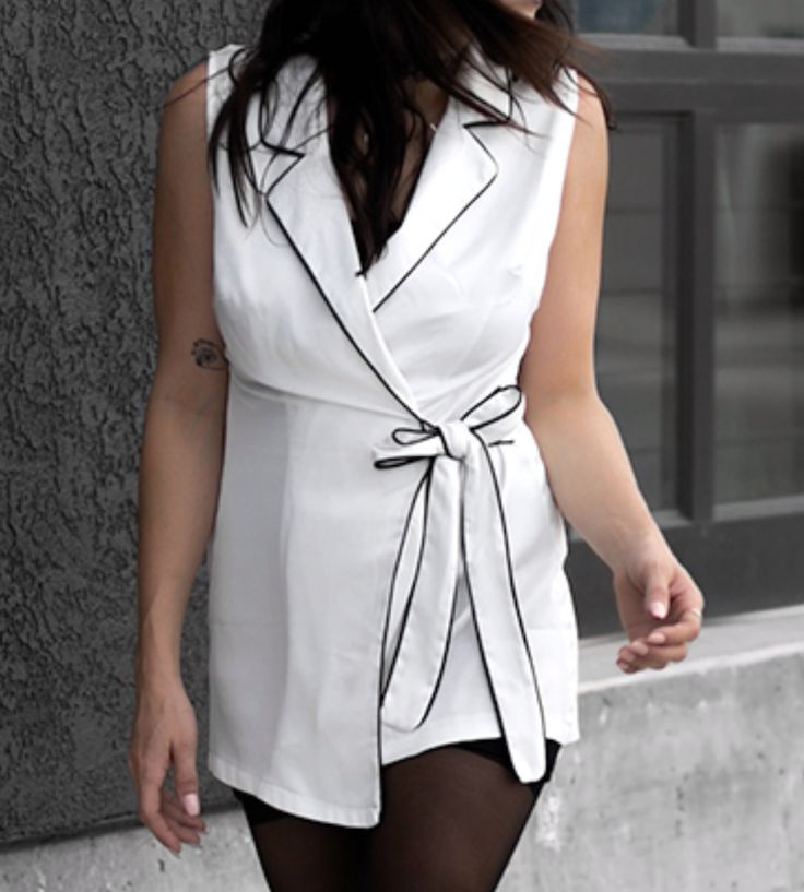 Contrast Piped Sleeveless Long Waistcoat White at Fashionlush Store | Lookave #waistcoat #longwaistcoat #vest #sleevelesswaistcoast @fashionlush @missguided Contrast Piped Sleeveless Long Waistcoat White at Fashionlush Store | Lookave #vest #white #waistcoat @fashionlush @missguided #ootd #onlineshopping #lookave #onlineshopping #streetstyle #style #fashion #outfit