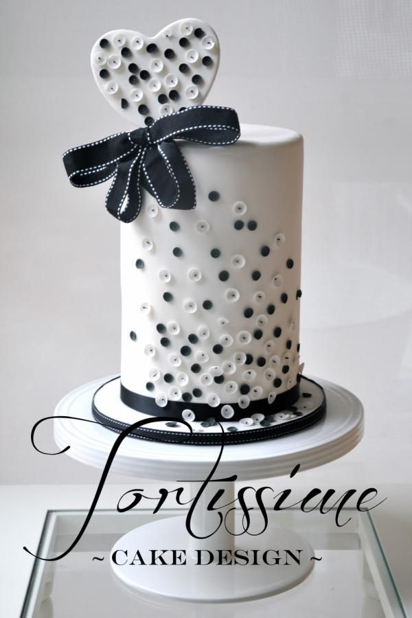 Cake Decorating In Oakleigh : 25+ best ideas about Sequin Cake on Pinterest Glitter ...