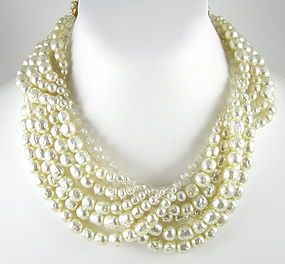 Elegant Coppola e Toppo Crystal Pearl Cascade Necklace