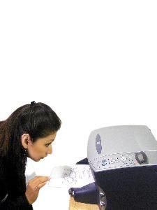 Cómo limpiar los cabezales obstruidos de una impresora de inyección de tinta | eHow en Español