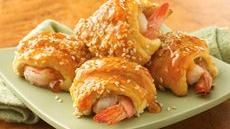 Sweet-and-Sour Shrimp PuffsBites S Appetizers, Sour Cream, Hot Appetizers, Shrimp Puff, Sweetandsour Shrimp, Cream Cheese, Sweets And Sour Shrimp, Appetizers Recipe, Crescents Rolls