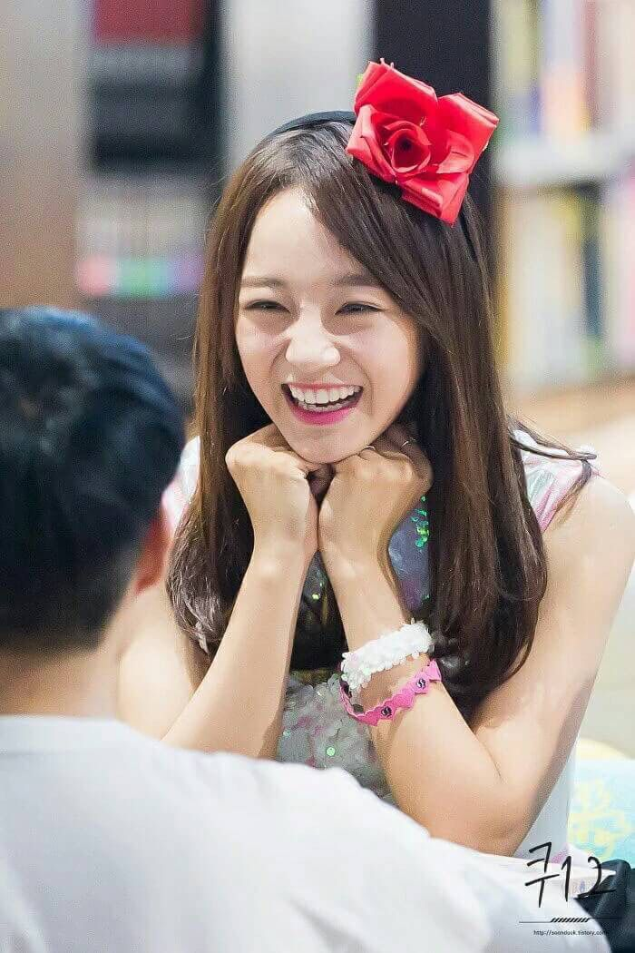 Sejeong @ Gangnam Fansign with Gugudan