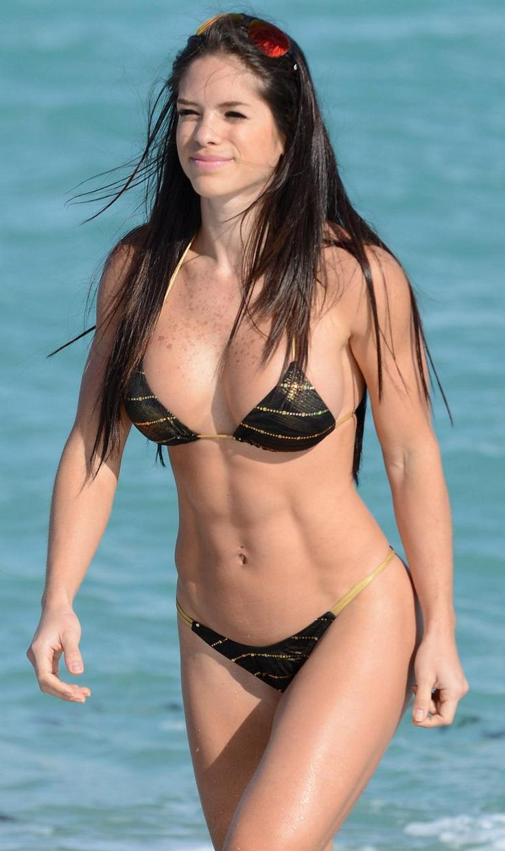 Michelle Lewin Bikini Nude Photos 39