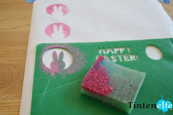 Plotterliebe am Freitag - Schablonen aus Schnellheftern machen und Geschenkpapier bedrucken - Tintenelfe Blog