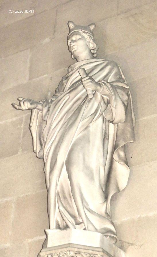 St Yves, cathédrale de Nantes (44). Statue de F&C Perraud (1913)