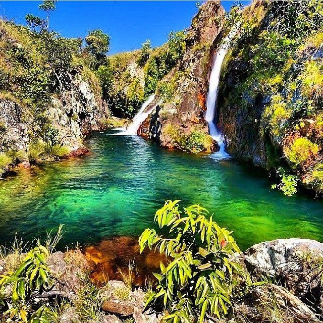 O complexo de cachoeiras do Rio da Prata fica a 67 Km de Cavalcante (GO). Existem quatro quedas próximas uma das outras, todas com pequenos lagos.