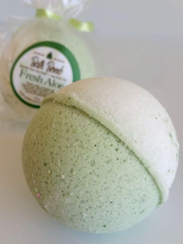 FRESH ALOE BATH BOMB ~ All Natural Handmade Essentail Oil Blend
