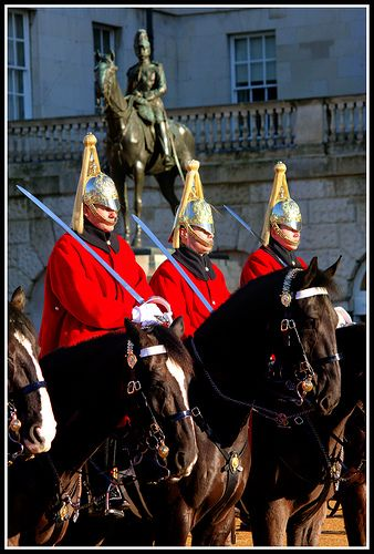 Horse Guards on Parade . London