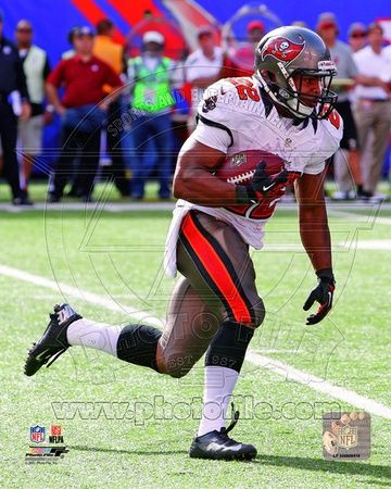 Tampa Bay Buccaneers - Doug Martin Photo
