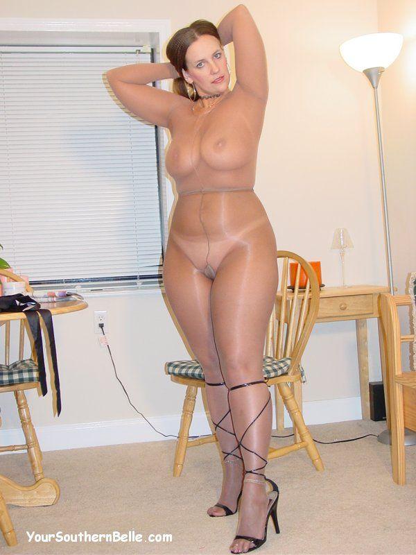 hot freckled girls nude