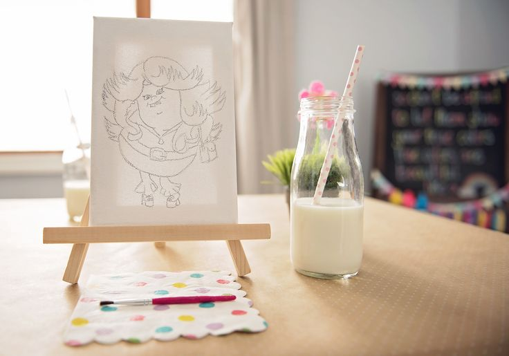 Paint Lady Glitter Sparkles on Canvas Activity from a Trolls Inspired Birthday Party #trolls #paintactivity #trollsactivity