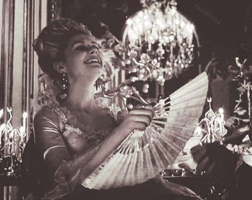 Kirsten Dunst as Marie Antoinette, 2006 | #kirstendunst