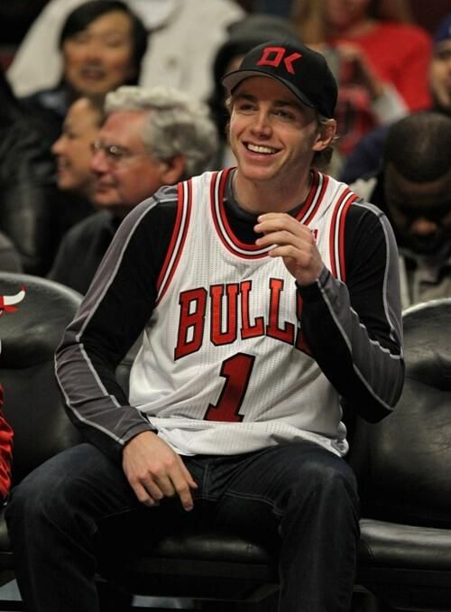 And he's a Bulls fan! Respect! Beginning to love him and his team even more! #NewHockeyFan