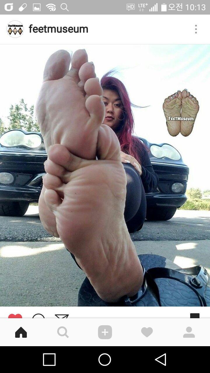 Feet Laura Monroy nude (12 foto and video), Topless, Cleavage, Selfie, braless 2018