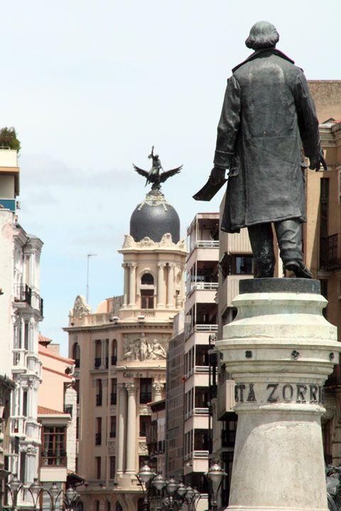 Estatua José Zorrilla