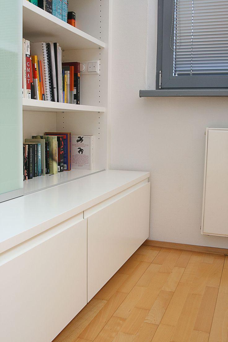 die besten 25 nischenregal ideen auf pinterest eichenlaminatboden regale ber toilette und. Black Bedroom Furniture Sets. Home Design Ideas