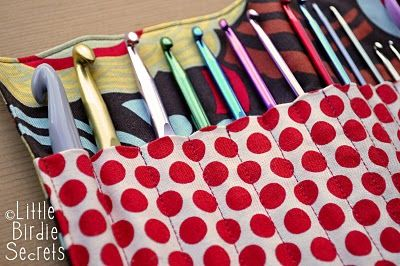 Fabric crochet hook organizer with width measurement to for each size hook.  Fabulously complete tutorial!
