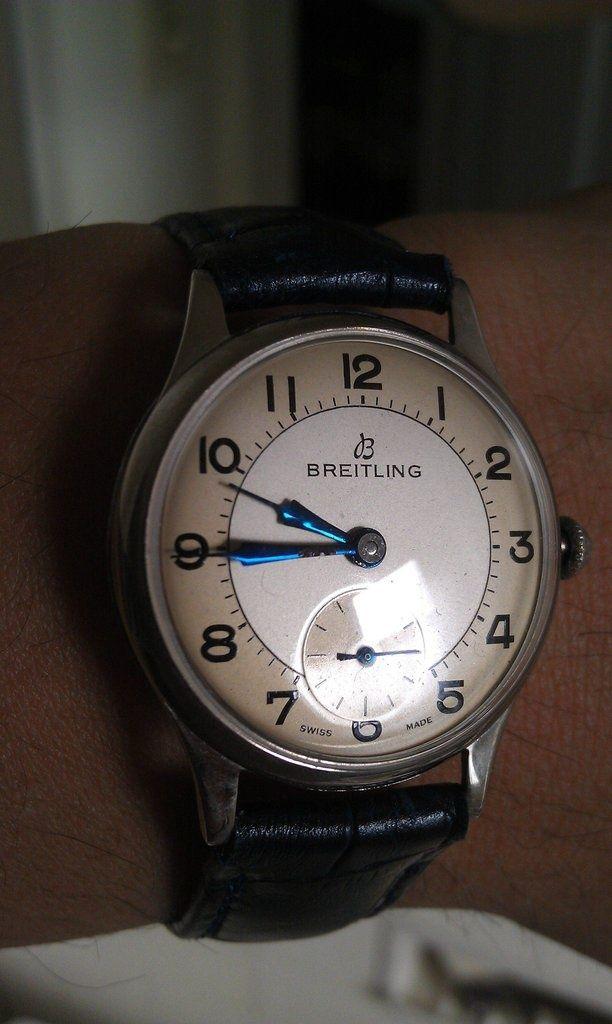 Dieses und weitere Luxusprodukte finden Sie auf der Webseite von Lusea.de  Vintage Breitling