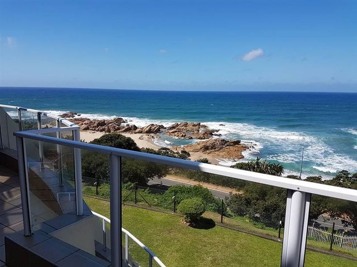 50 Chesapeake Bay - 50 Chesapeake Bay is a first-floor apartment within the secure Chesapeake Bay complex. It is situated right outside the busy Margate beach on the South Coast of Kwazulu Natal, with breath-taking 180deg ... #weekendgetaways #margate #southcoast #southafrica