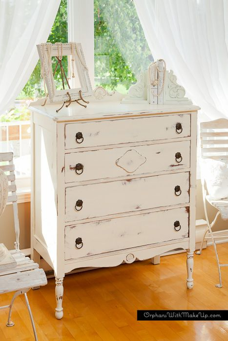SHABBY WHITE DRESSER — Orphans With MakeUp. Painted in ASCP Old White, vintage repainted frame; shabby book ends.