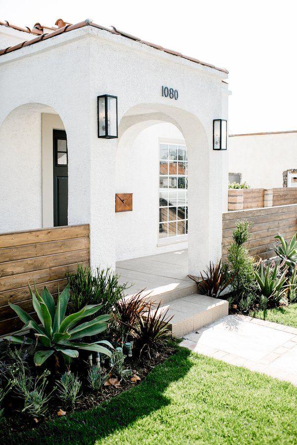 Desert Style Homes : desert, style, homes, These, Desert, Style, Homes, Pining, Southwest, Hunker, Spanish, Homes,, Interiors,, Mediterranean